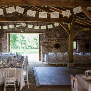 Salle de réception pour mariage en pleine nature
