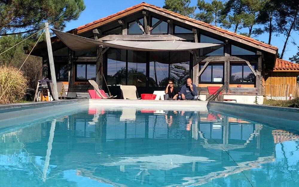 Gîte et piscine à Arjuzanx